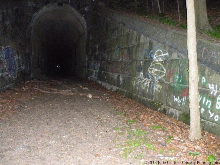 Train Tunnel 1